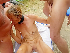 Outdoor groupsex and dogging