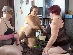 3 lesbians make dildo party 1